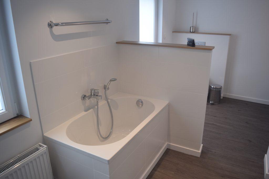 Renovatie Badkamer Tienen : Renovatie badkamer u2022 badkamer renoveren u2022 badkamerrenovatie u2022 v